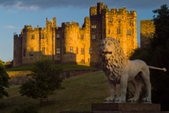 Alnwick Castle and Lion Statue